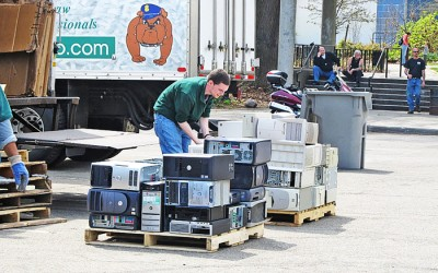 Forest Park Set to  Host Pols' Popular Recycling Event