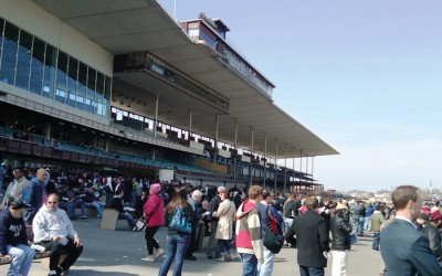 Pair of Gun-Packing Perps Swipe $270K from Aqueduct Racetrack