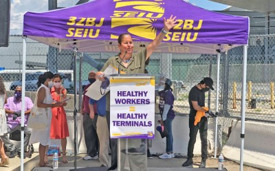 Airport Workers, Elected Officials Celebrate Healthy Terminals Act