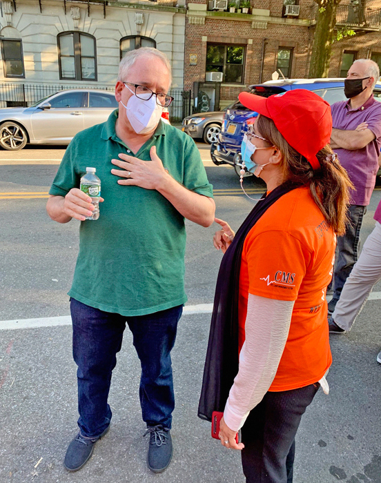 Stringer, Ramos Call for Year-Round Open Streets Program that Includes Retail Businesses