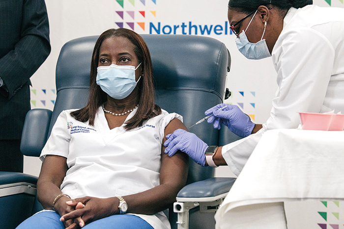 Queens Nurse  is First in US to get Vax