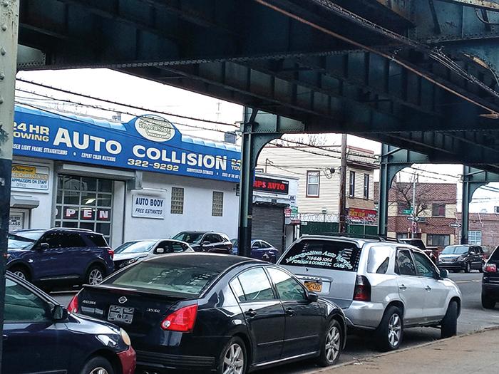 Man Shot Dead  on Liberty Avenue